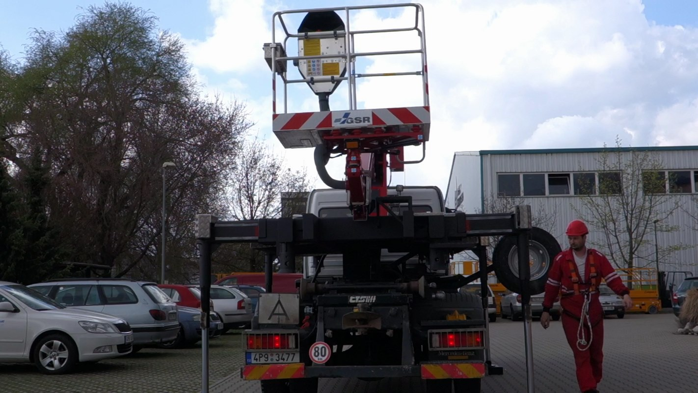 E179-pro-nosic-kontejneru_07